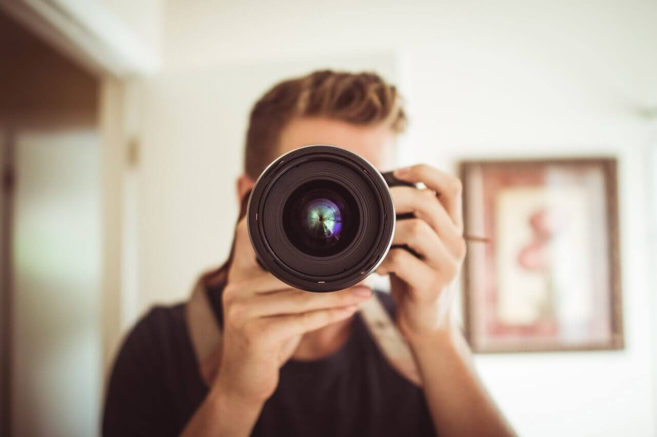 15-Best-Cameras-For-YouTube-Videos-Beginners-Professionals-Cheap-Affordable