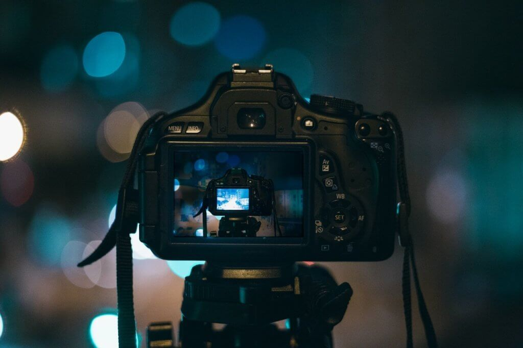 Best-Cameras-For-YouTube-Videos-Beginners-and-Professionals
