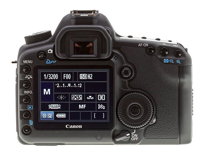 Canon-5D-Mark-II-Review-Back