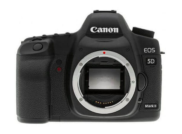 Canon-5D-Mark-II-Review-Front