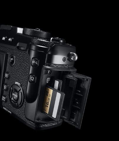 Fujifilm-X-Pro-2-SD-Card-Slot