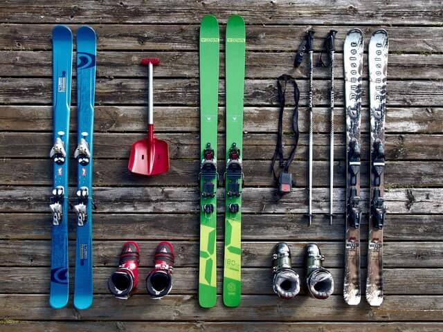 12 Best Ski Boots for Wide Feet: Men & Women (Jan 2020 Updated)