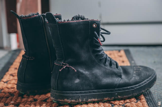 best-chemical-resistant-work-boots