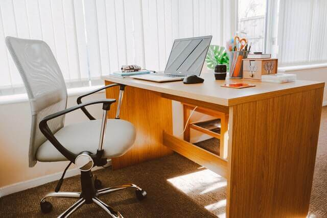 best-office-chair-for-scoliosis